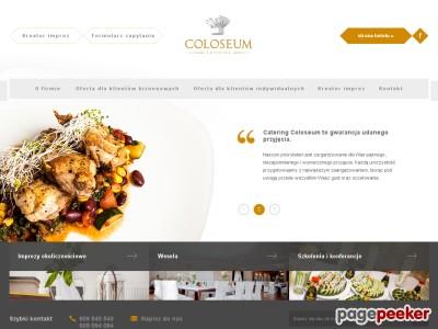 Oferta Catering Coloseum to doskonałej jakości kuchnia z całego świata. Oferta Catering Coloseum skierowana jest do klientów biznesowych i indywidualnych. Dla klientów biznesowych Catering Coloseum oferuje między innymi organizację imprez firmowych, bankietów, szkoleń oraz konferencji. Z kolei propozycja dla klientów indywidualnych to na przykład organizacja wesel, komunii, chrzcin. Catering Coloseum to potrawy najwyższej jakości, które przygotowywane są z najlepszych składników.  ./_thumb/www.catering.hotelcoloseum.pl.png