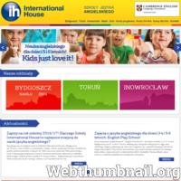 International House International House Bydgoszcz to jedna z ponad 150-ciu międzynarodowych placówek tej szkoły. Tym co wyróżnia tę markę na tle innych przedstawicieli branży jest kilkudziesięcioletnie doświadczenie w nauczaniu oraz autorska metoda, z której do dzisiaj czerpią lektorzy i uczniowie na całym świecie. Oferta International House skierowana jest do uczniów w każdym wieku, na wszystkich poziomach zaawansowania. Dzięki kilkuosobowym grupom i innowacyjnej metodzie prowadzenia zajęć nauka w szkole przebiega w sposób dynamiczny i dający widoczne rezultaty.  ./_thumb/www.inthouse.pl.png